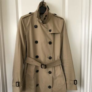Burberry Kensington trench  Heritage Collection.